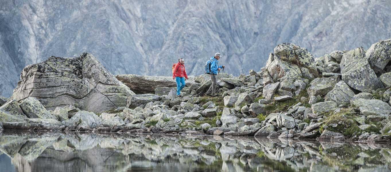 Wandern im Stubaital - jetzt die charismatische Landschaft der Stubaier Alpen entdecken